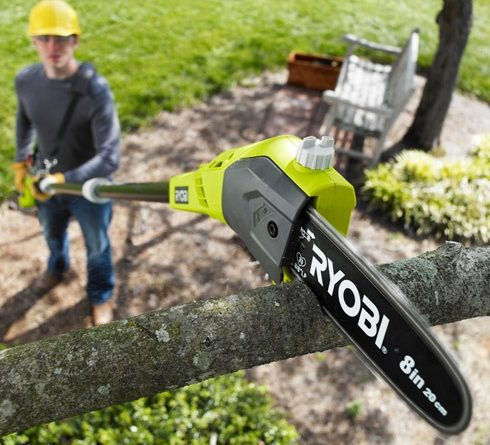 EVERTHING YOU NEED TO KNOW ABOUT CORDLESS POLE SAWS
